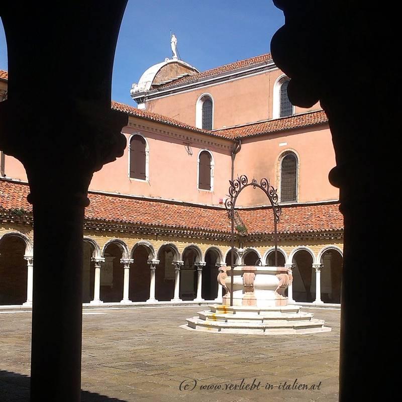 San Michele Kreuzgang