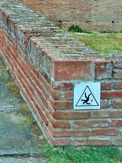 Warnung Rocca