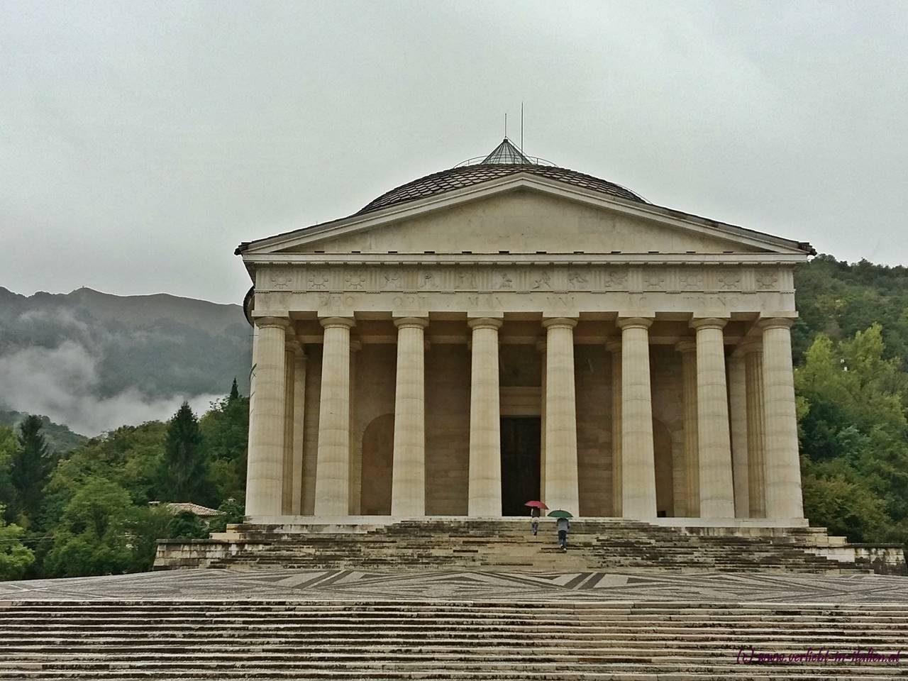 Tempio Canoviano in Passagno