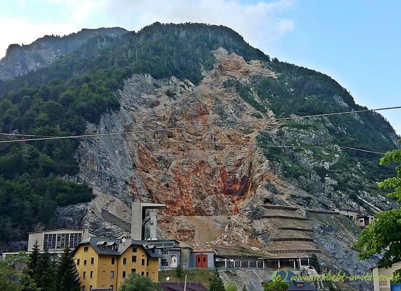 Cave samt Berg