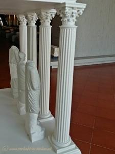 4-römische Säulen