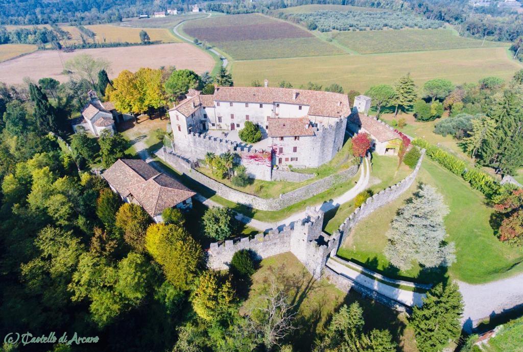 Castello di Arcano von oben
