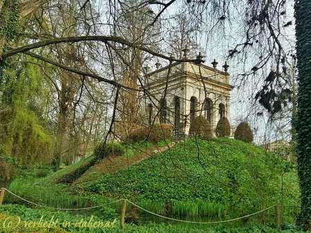 Haus am Hügel