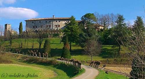 Zufahrt zum Castello