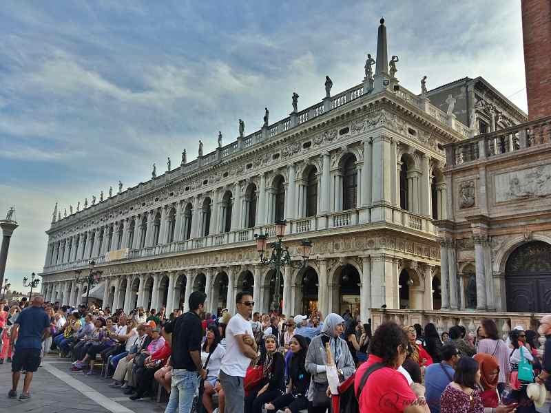Markusplatz Richtung Piazzetta