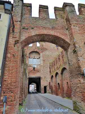 Porta Legnago mit Durchblick